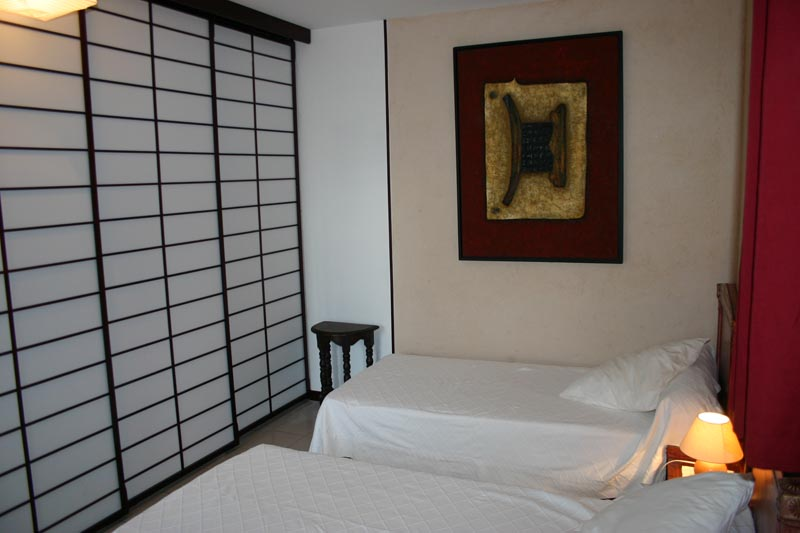 cloisons japonaises coulissantes kioto ou osaka. Black Bedroom Furniture Sets. Home Design Ideas